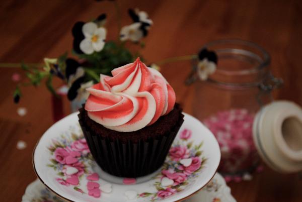 Red Velvet Cupcake Swirl