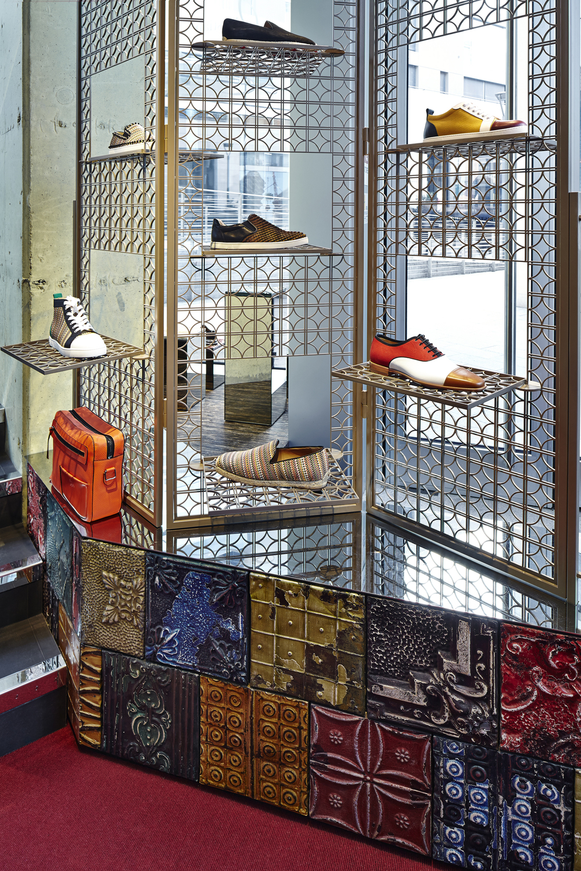 Louboutin Milan Men Store 4 漏 A13 Studio  Andrea Mariani - Roberta Levi.jpg