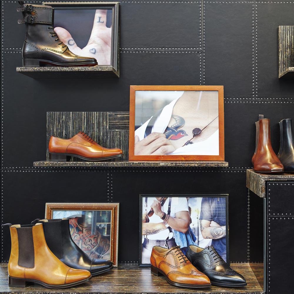 Louboutin Milan Men Store 9 漏 A13 Studio  Andrea Mariani - Roberta Levi.jpg