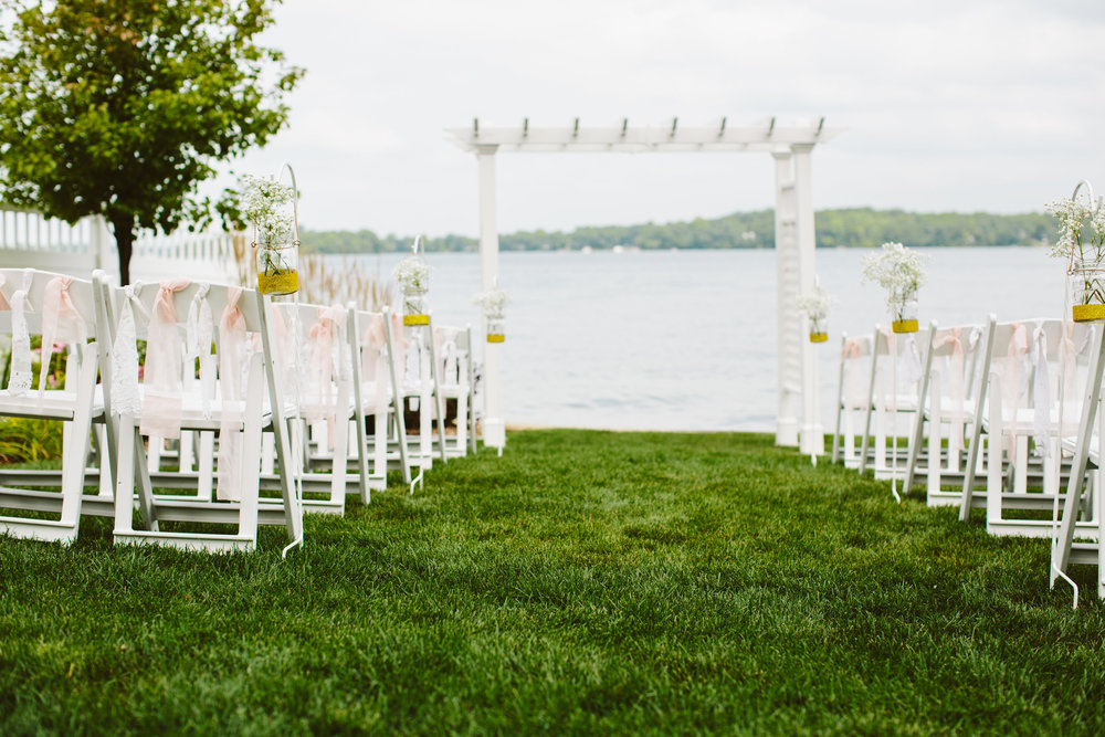 Bay Pointe Inn | Shelbyville MI Lakefront Wedding