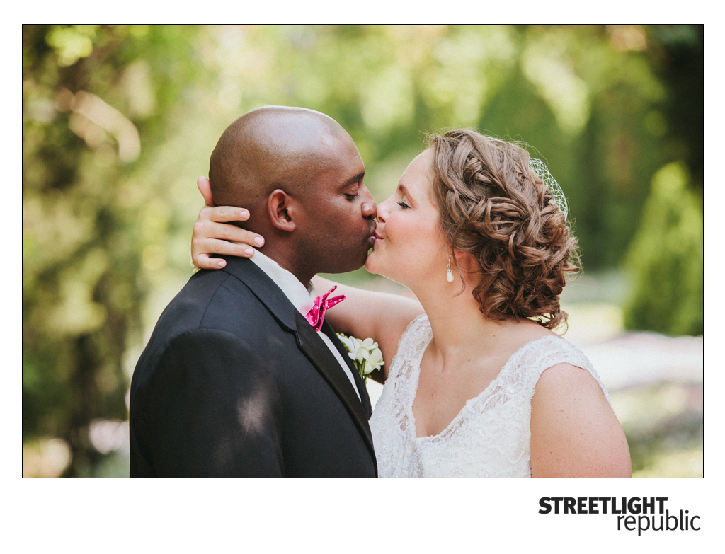 Nashville Wedding Photographer Streetlight Republic