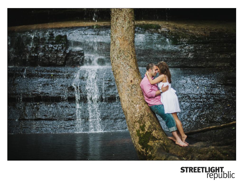 Nashville Wedding Photographers Streetlight Republic | Nashville Engagement Photos