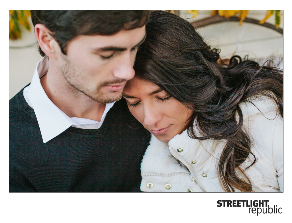 Nashville Engagement photographer Streetlight Republic, downtown Engagement photos