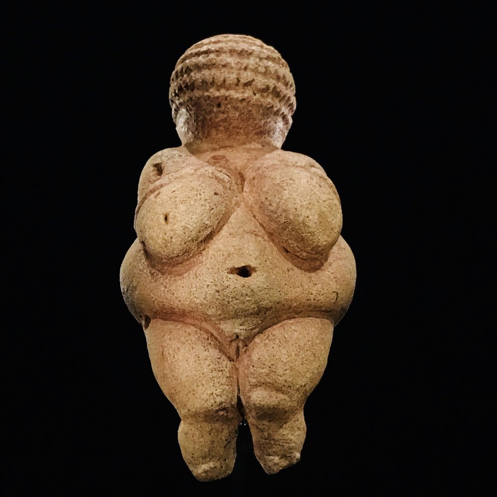 venus_of_willendorf.jpg