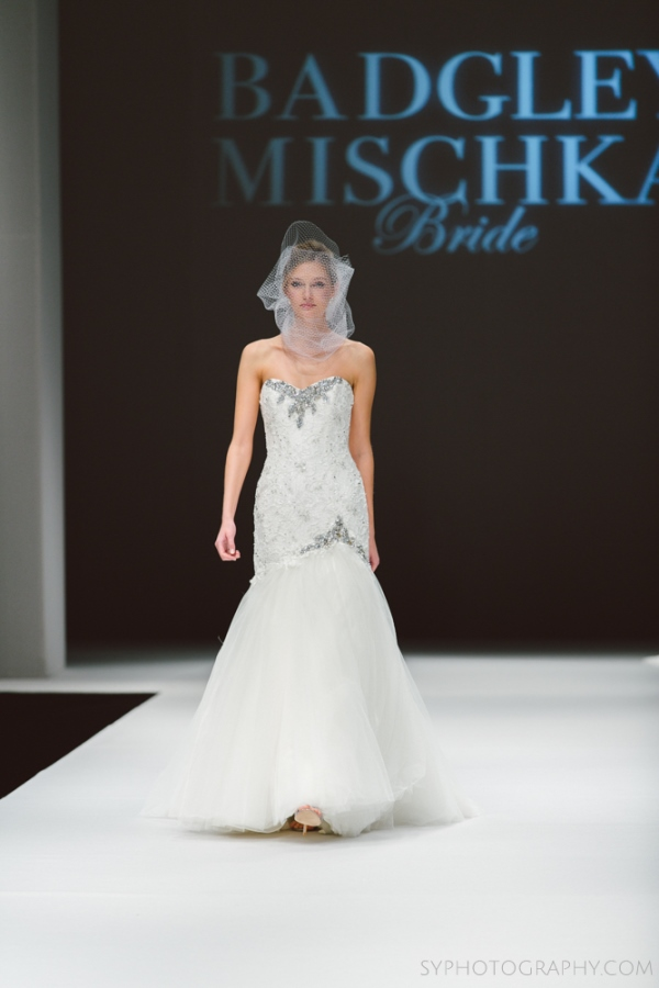 Badgley_Mischka_Bridal_Fashion_SYPhotography016.jpg