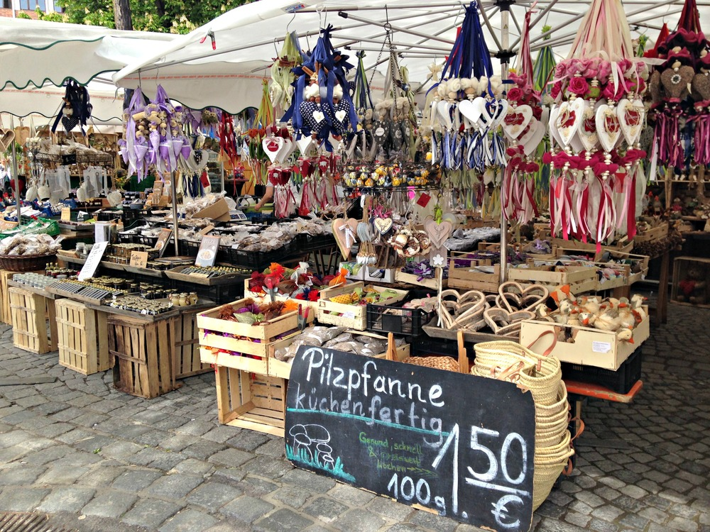 Open-air stalls of Viktualienmarkt