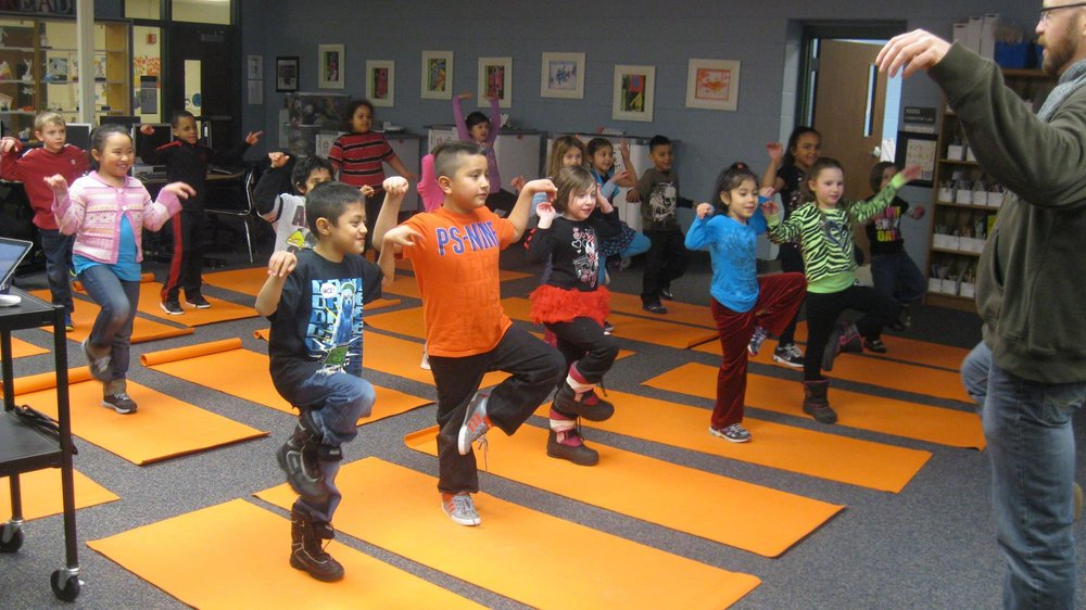 MMPresidnecy.Moreland_yoga_kids_balance.jpg