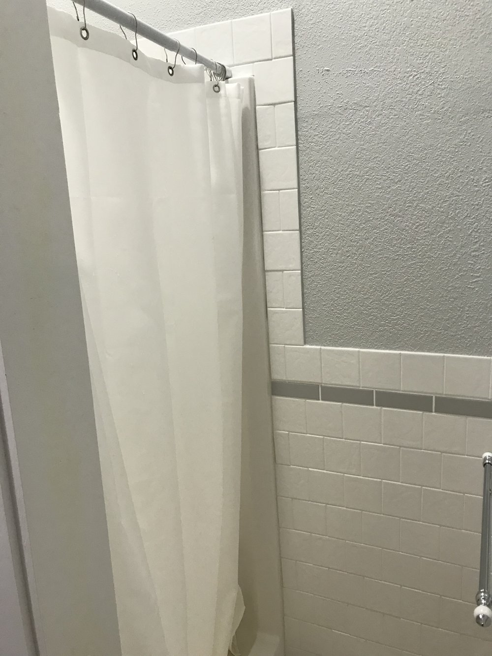 One piece shower unit