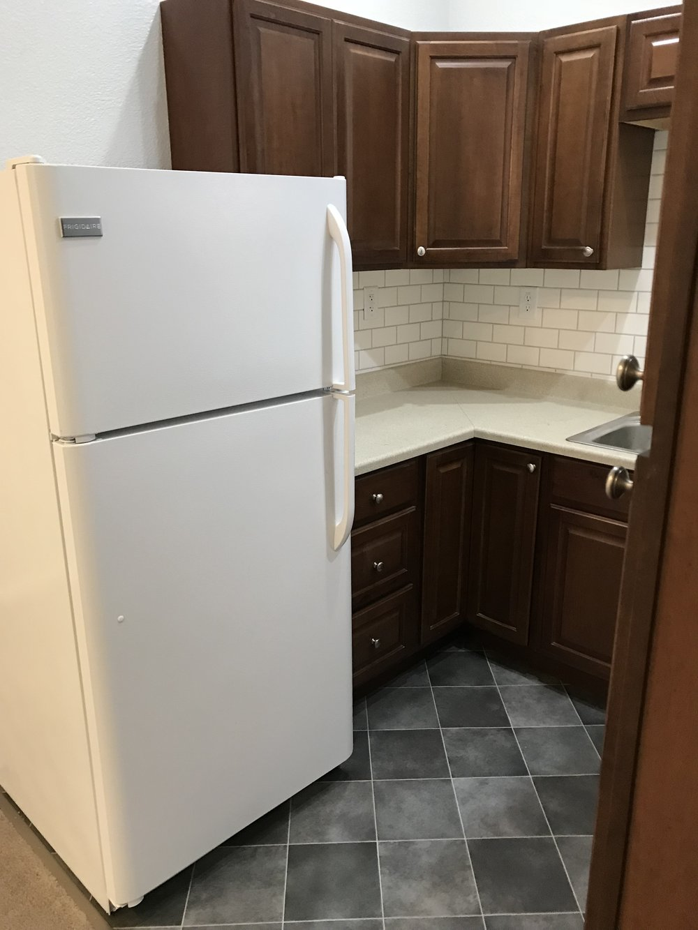 Kitchen Fridge included