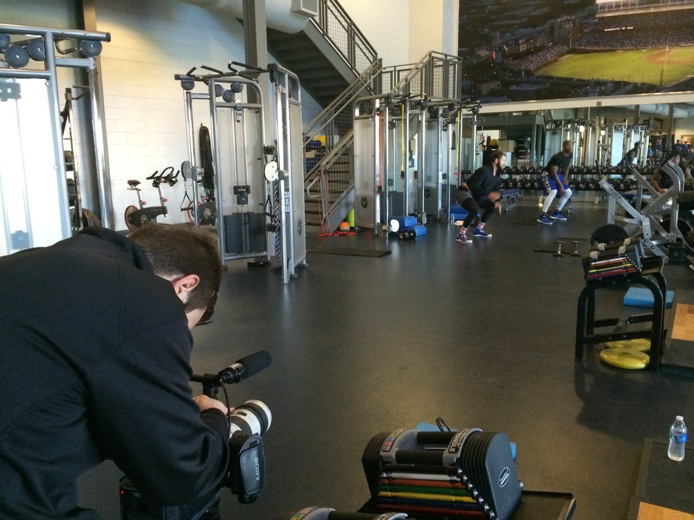 Pitchers Jake Arrieta and Edwin Jackson get in an early morning workout