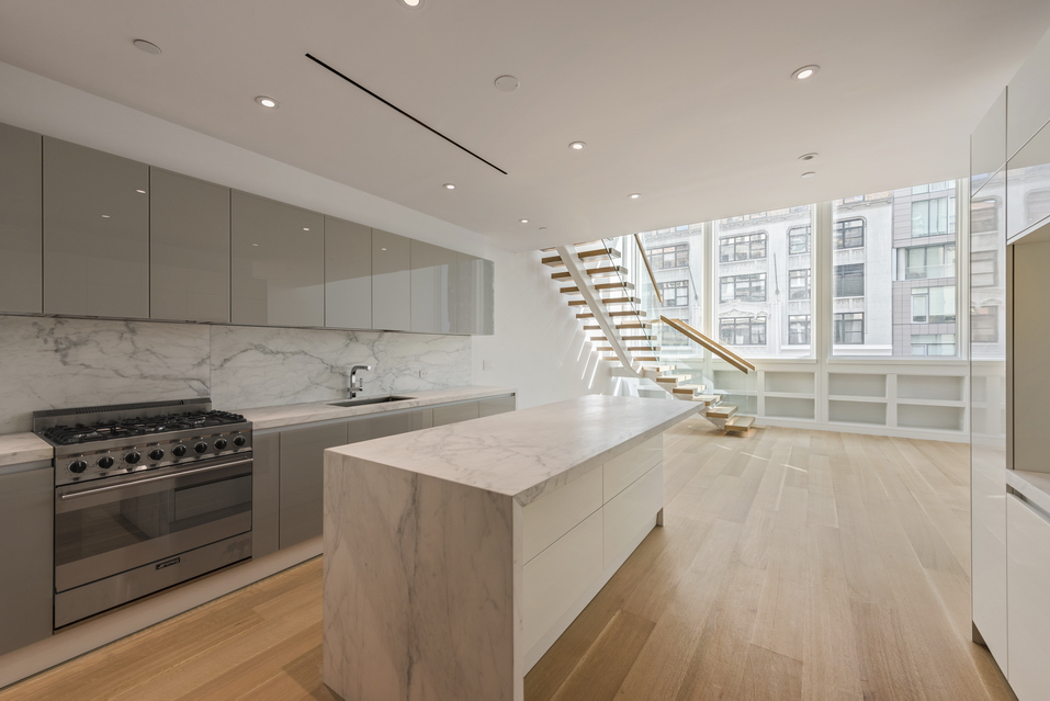 242 Fifth Avenue Unit 1__8_resize.jpg