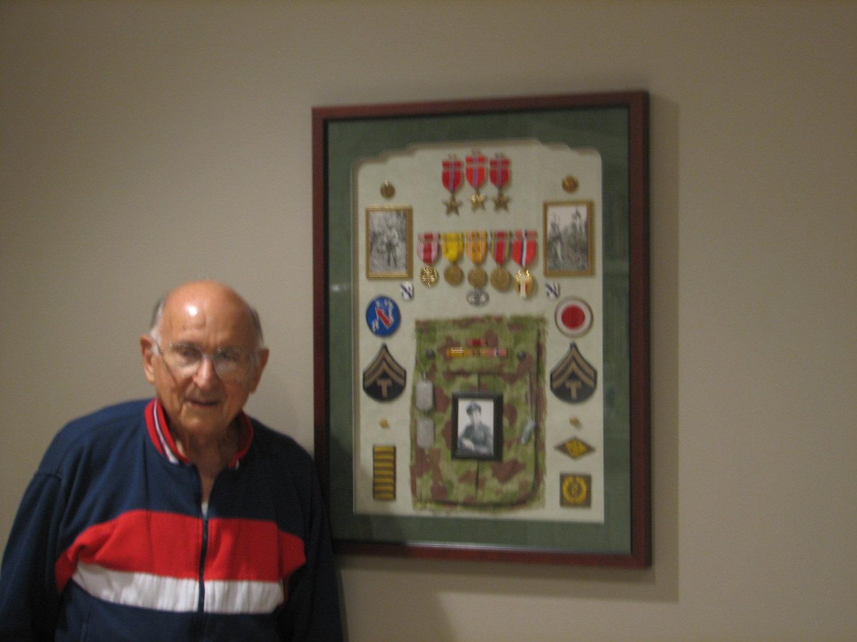 Military memorabilia cooks art supply framing army bronze star wwll medic jeuxipadfo Images