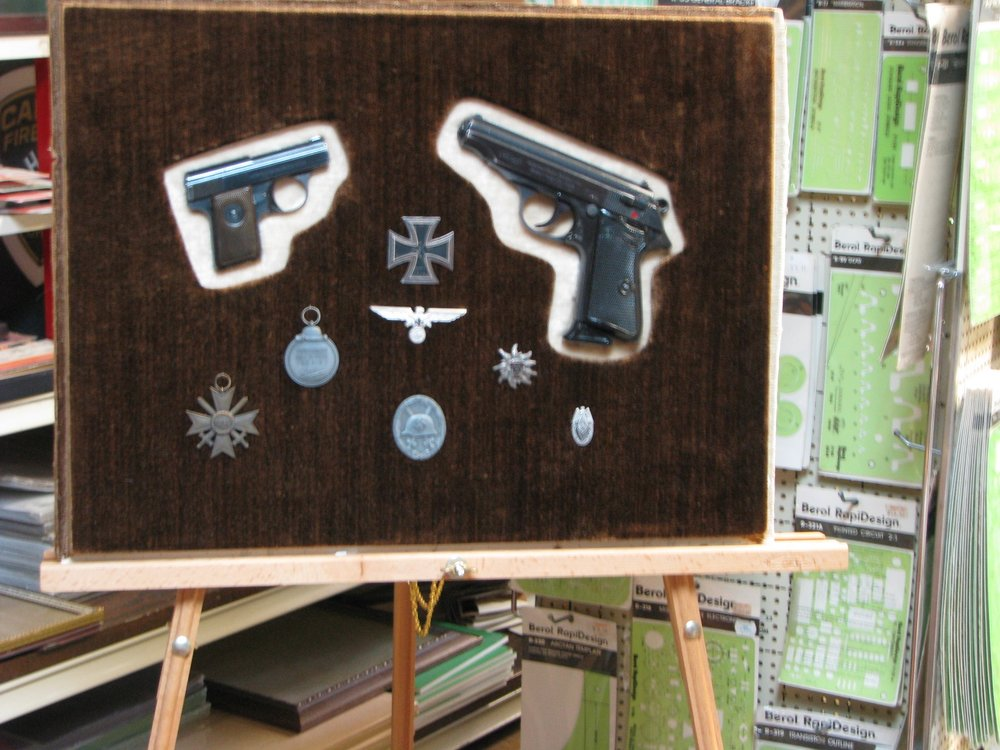 WWll Nazi pistols and medals