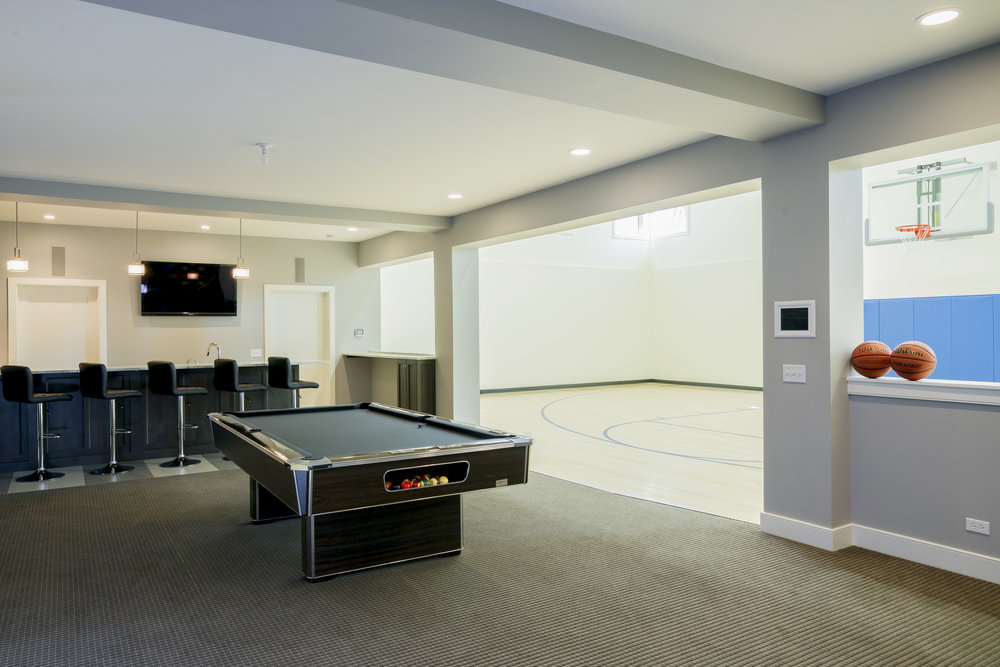 basement pool table.jpg