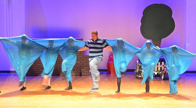 Charlie - grp - blue bats.jpg