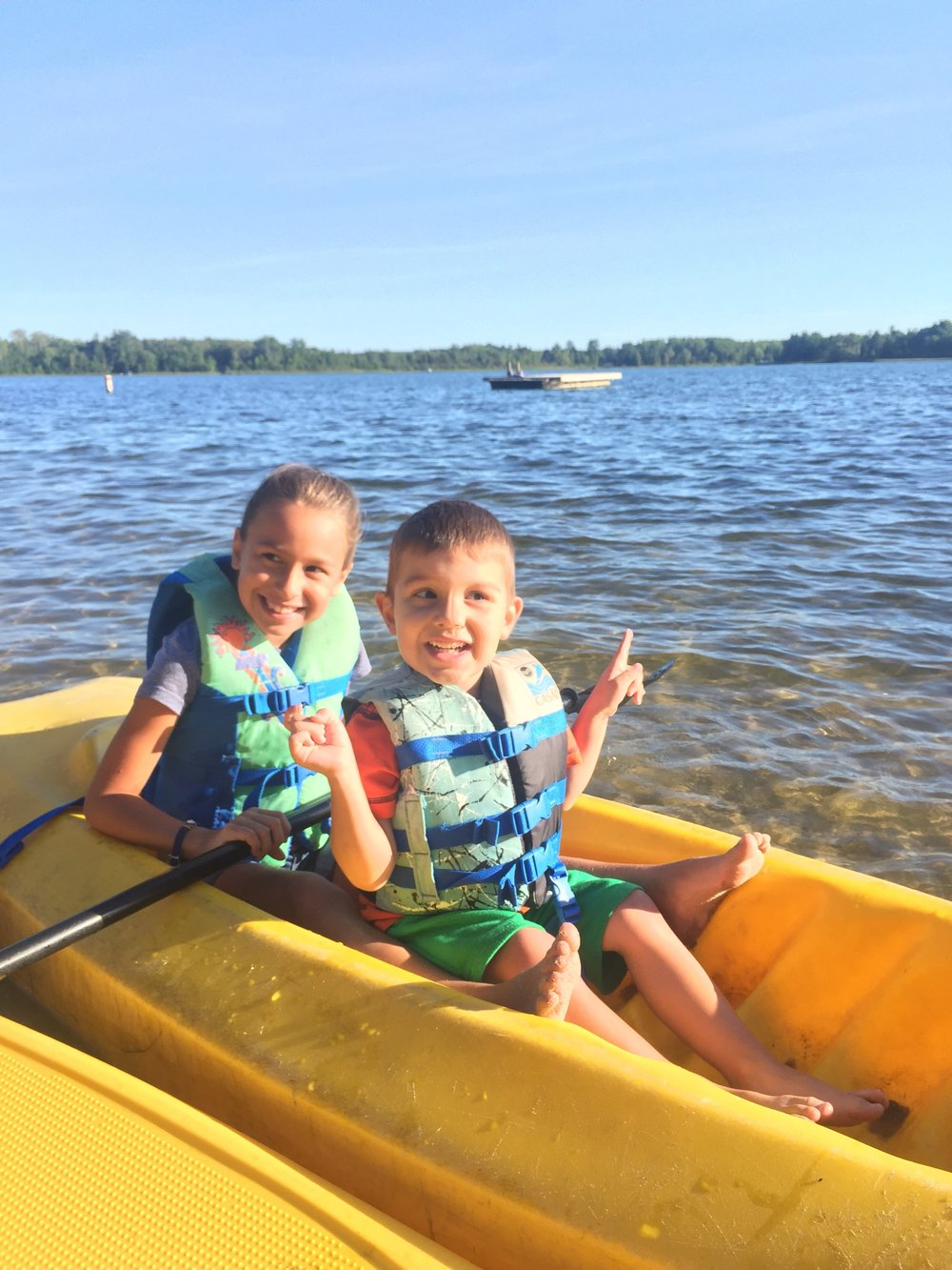 Kayaking at Crow Wing Crest Lodge