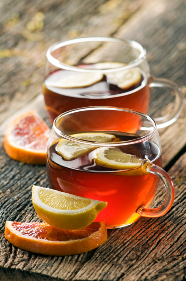 Photo by http://12tomatoes.com/cocktail-recipe-the-classic-hot-toddy/