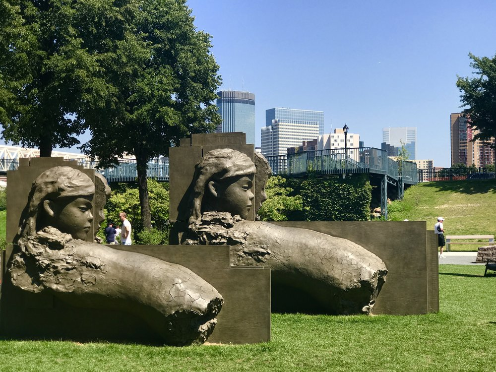 Minneapolis Sculpture Garden: Live & Love MN