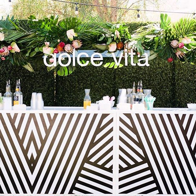 During C&C in the desert we also had a bar flip! @createcultivate to @dolcevita for happy hour! I'd say it was a hit! ✨ 🍹🥂 . . . . . . #bar #event #eventpros #eventproduction #dolcevita #blackandwhite #eventspace #hotels #production