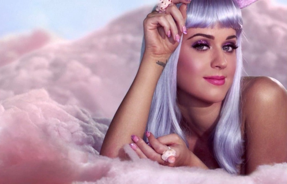 Katy-Perry-California-Gurls-katy-perry-13906096-1072-686.jpg