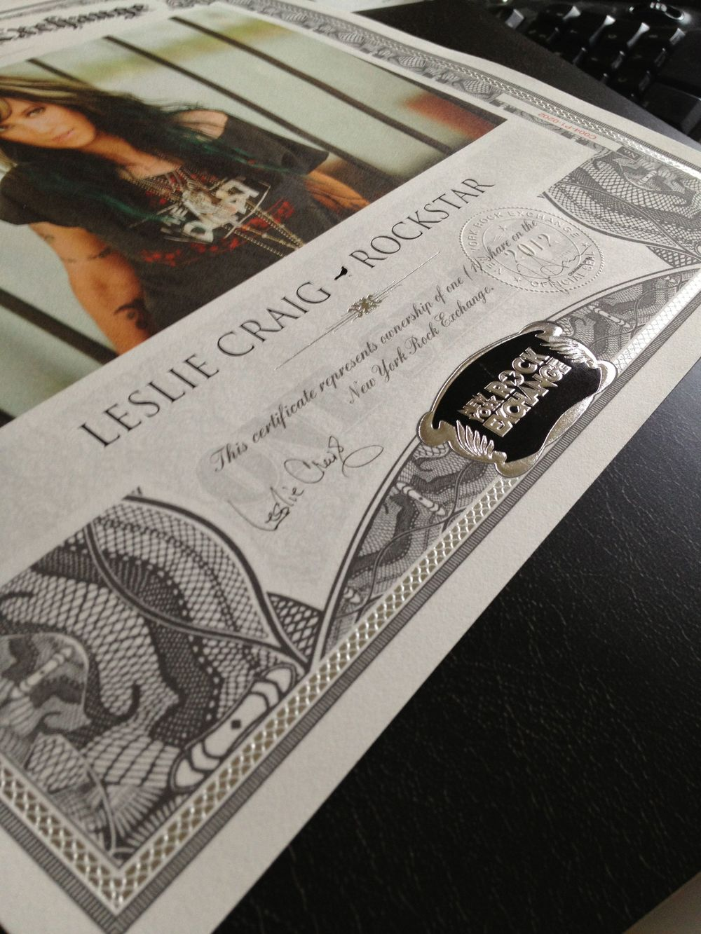 Certificates for the Gold shares are hand autographed by Chuck Billy and Eric Peterson