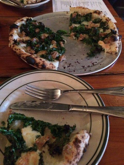Robertas Pizza.jpg