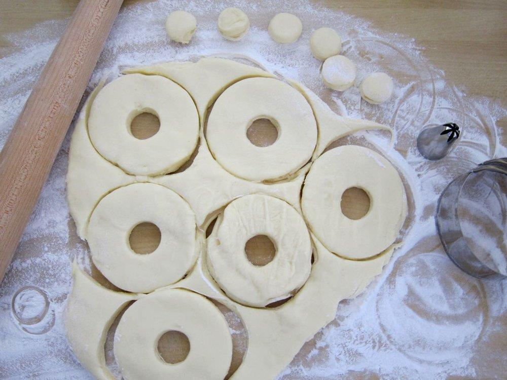 cutting mochi donuts.jpg