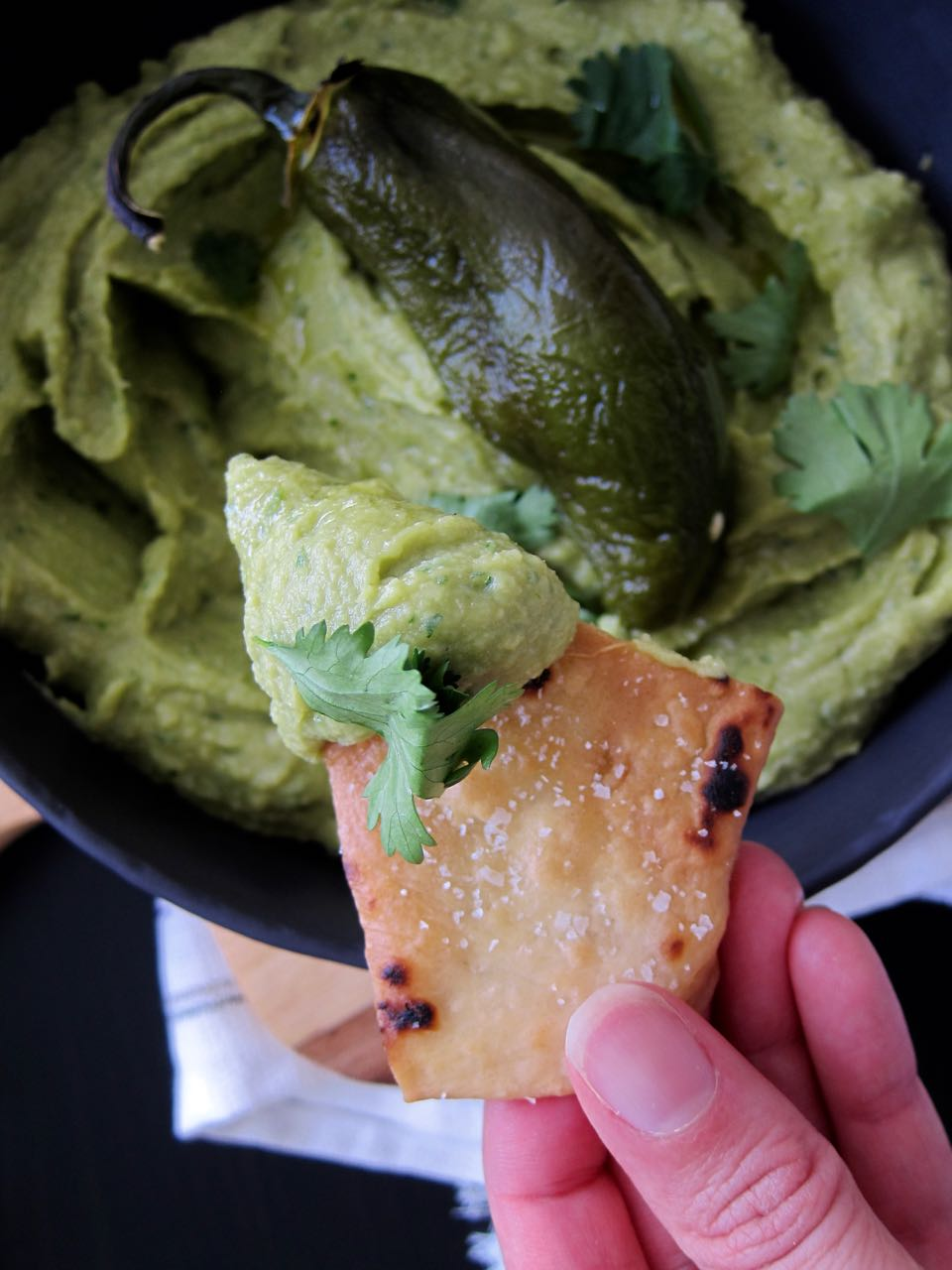 spicy avo hummus and chip.jpg