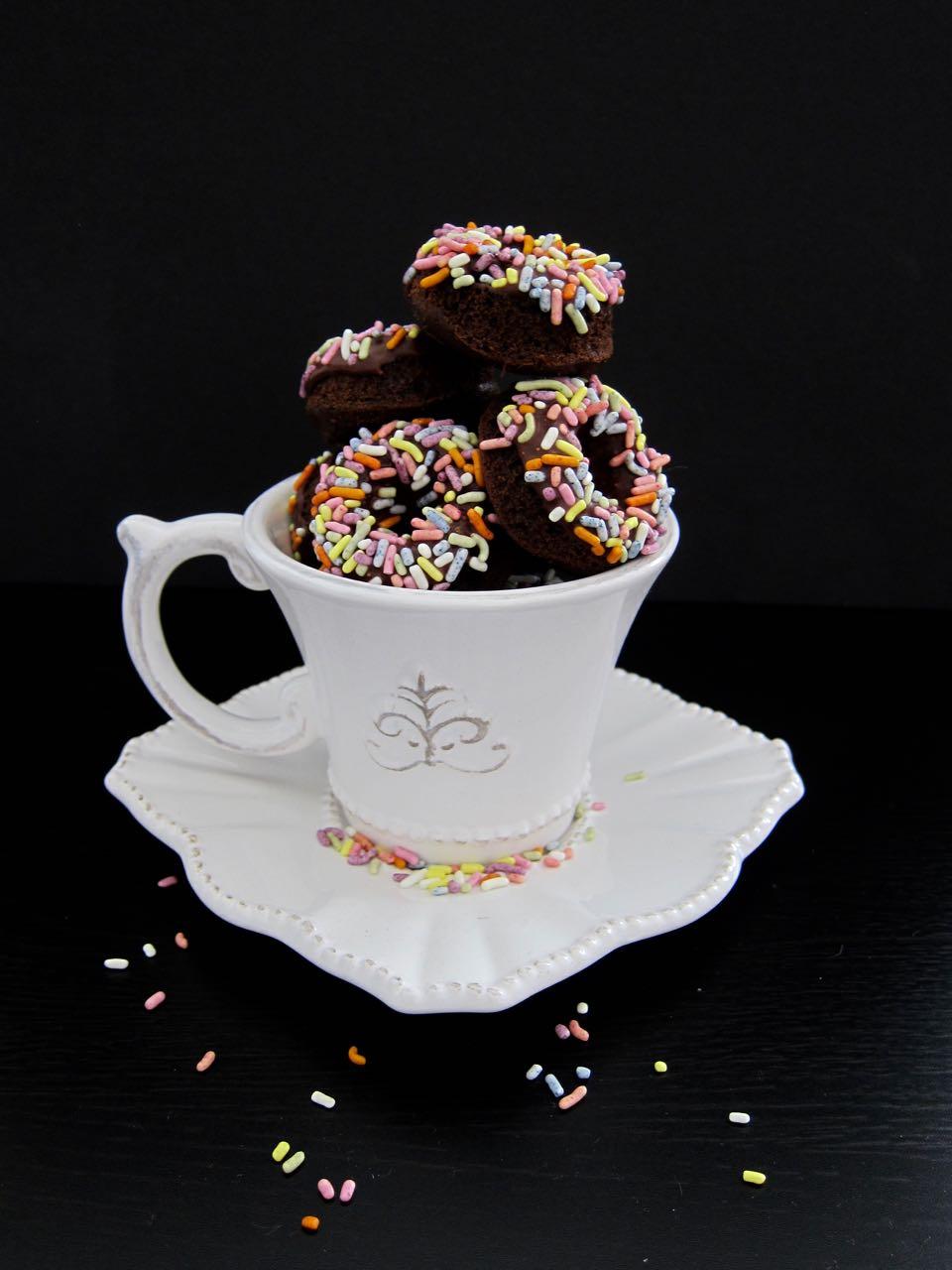 easy mini chocolate donuts