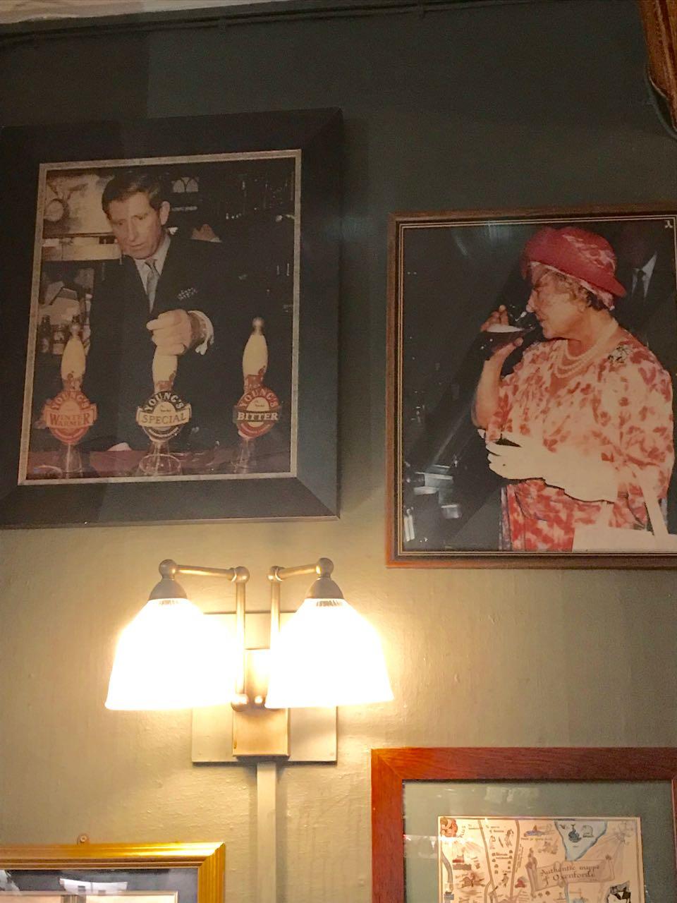 Queen Mum pub.jpg