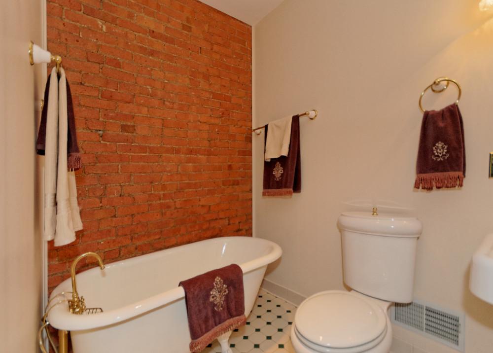 2-Bedroom (3).jpg