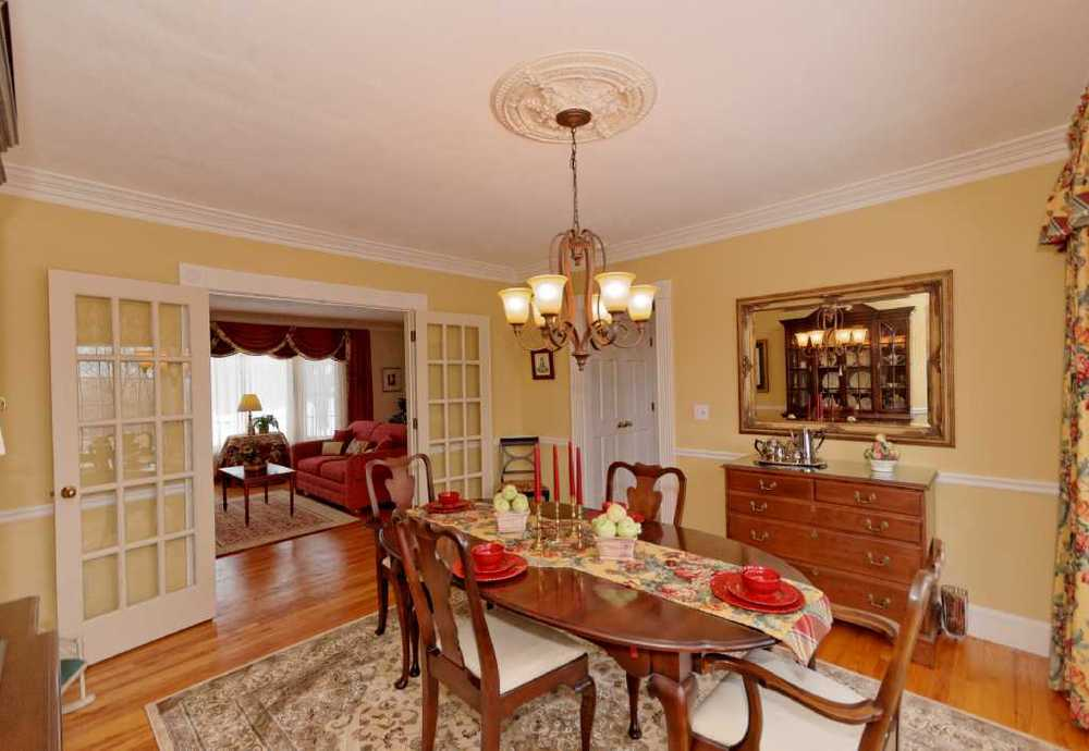 3-Dining Room (2).jpg