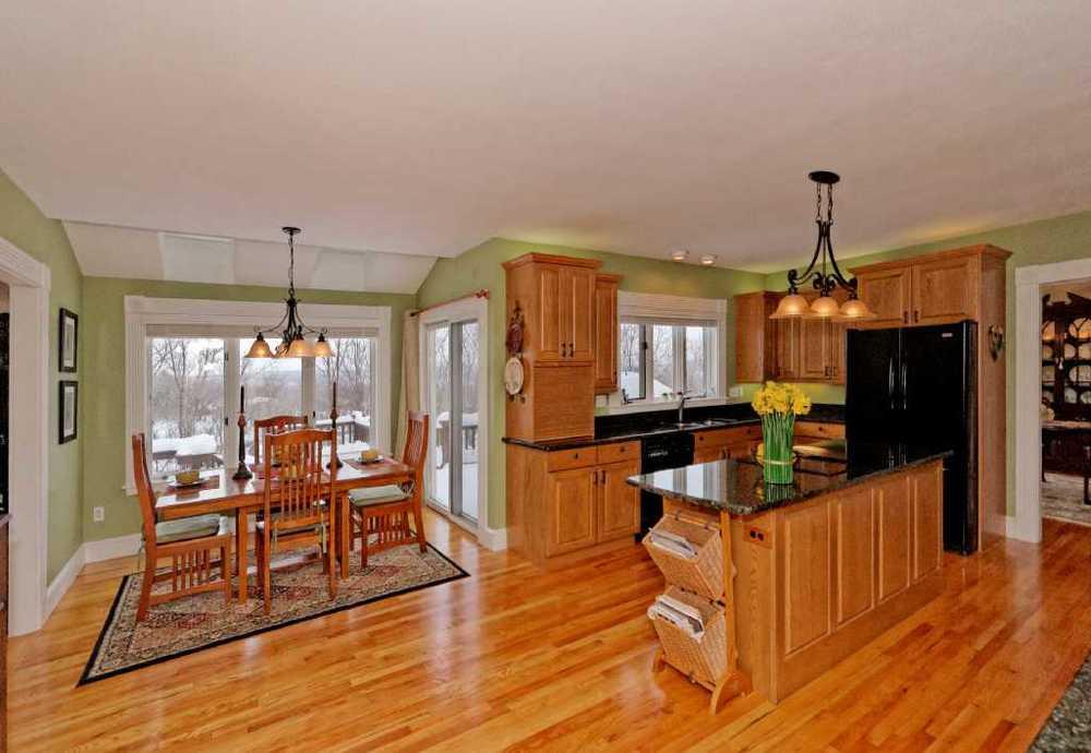 3-Kitchen (3).jpg