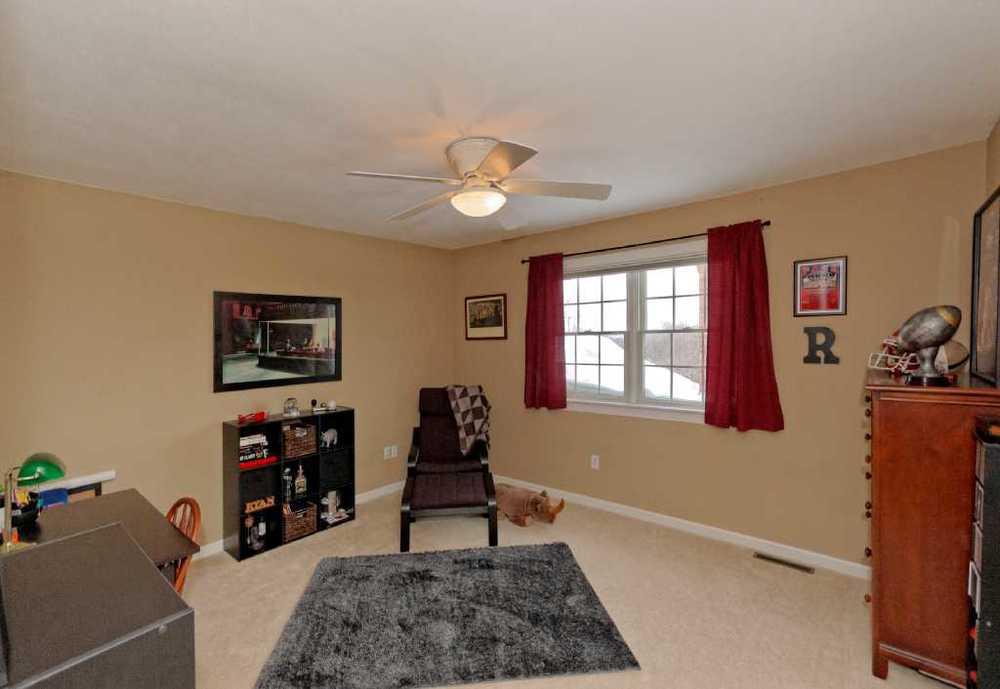 4-Bedroom (2).jpg