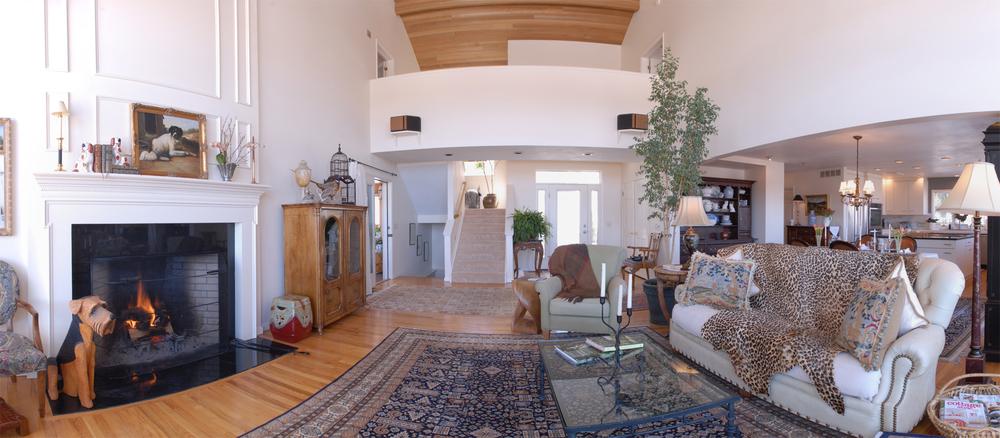 Livingroom Panorama.jpg