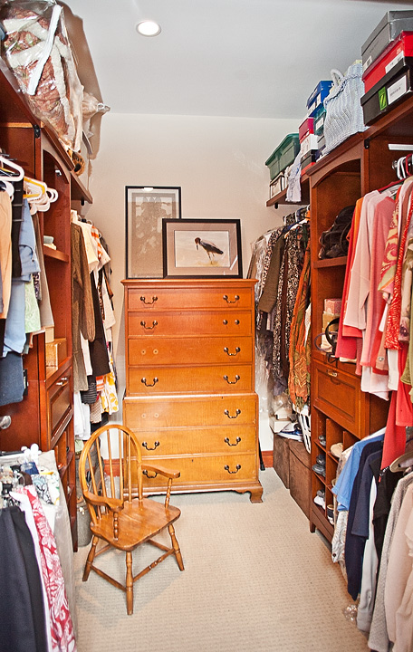 ML211-closet2 copy.jpg