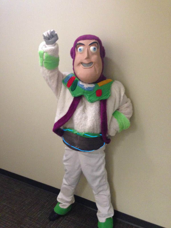 Buzz.Lightyear.Southlands.Mall-web.jpg