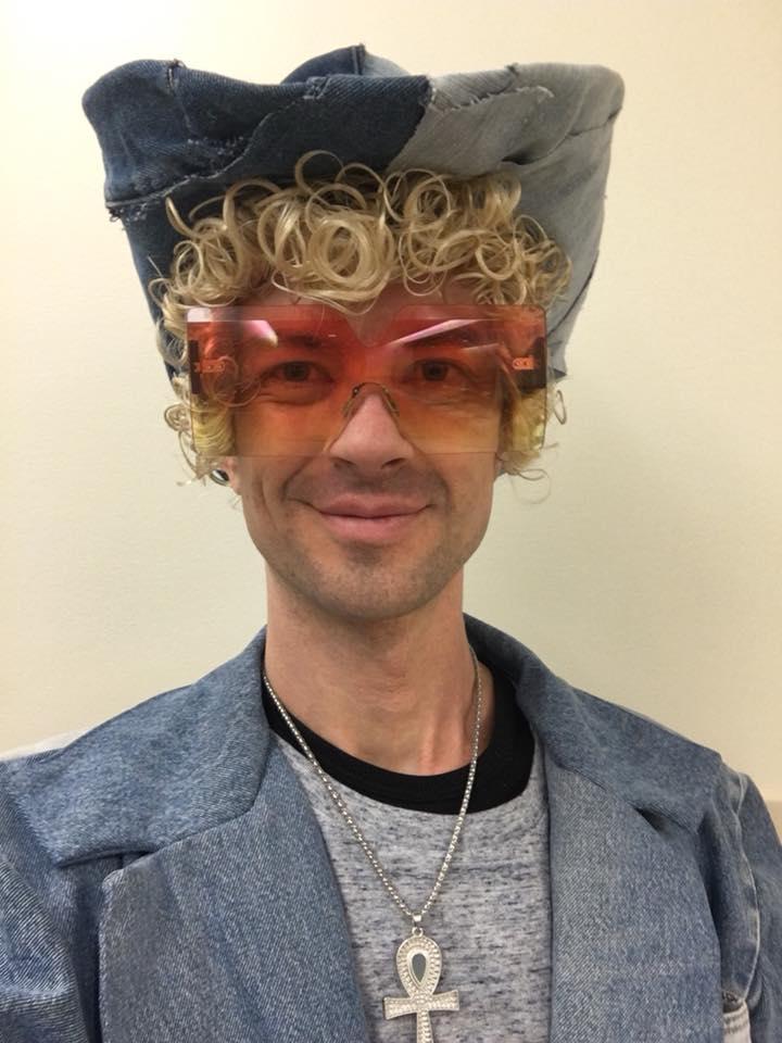 JT.Timberlake.selfie.Zumiez.Keystone.jpg