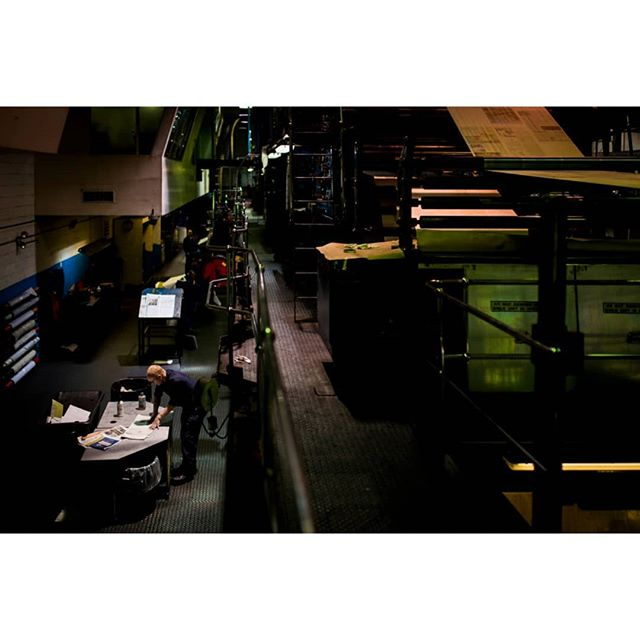 #tbt  1/3  Back when I used to work at @ottawacitizen, my sunday shift usually ended pretty late and after my shift I would hop over to the printing room to hang out and try documenting the workers. This was my attempt at documentary photography.. Also at the time the struggle of the newspaper industry was at its peak and no news was good news for most emplyees regarding job security.  Since I dont work at citizen anymore I havent been back and these photos are now 4-5 years old but I thought I share them.  #newspaper #printjournalism #ottawa #news #printer #journalism #canada #photojournalism #documentaryphotography #documentary #project #worklife