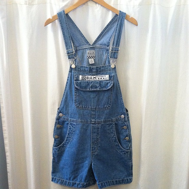 The most badass vintage shortalls around…hurry before one of us decides to keep em! Size S $65 #BumEquipment #oneofkind #antoinettevintage #vintage #1990s #ootd #williamsburg #brooklyn #vintageshortalls #thriftandstyle (at Antoinette)