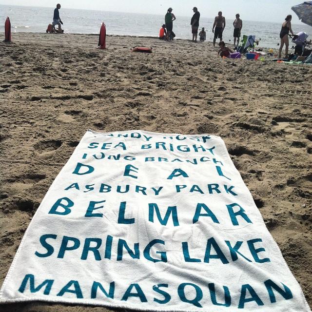 Took a little #Jersey to #Rockawaybeach today ⚓️⛵️🌊  #happylaborday #NJ #NYC #Beach #Dayoff  (at Rockaway Beach 97st)