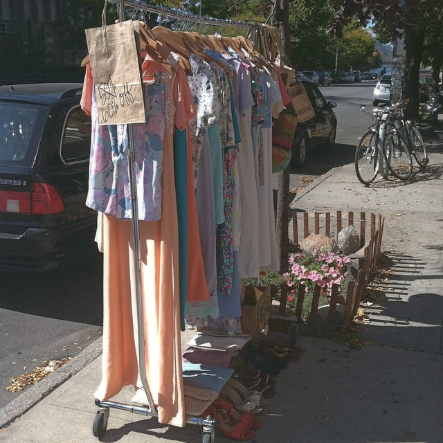 Celebrating this 80 degree day with a racked filled with vintage you can wear now at 60%off! ☀️ #antoinettevintage #vintage #madeinusa #oneofakind #ootd #williamsburg #brooklyn (at Antoinette)