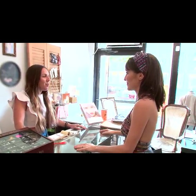 "One of our designers @laselvaclothing is in an #AmericanExpress commercial …go to #YouTube & type in ""Building A Brand in Fashion"" to see the shop & more!👏  #LaSelvaClothing #antoinettevintage #vintage #GautemalanTextiles #heirloom madeinusa #oneofakind #ecofashion #supportlocal #williamsburg #brooklyn #thriftandstyle  (at Antoinette)"