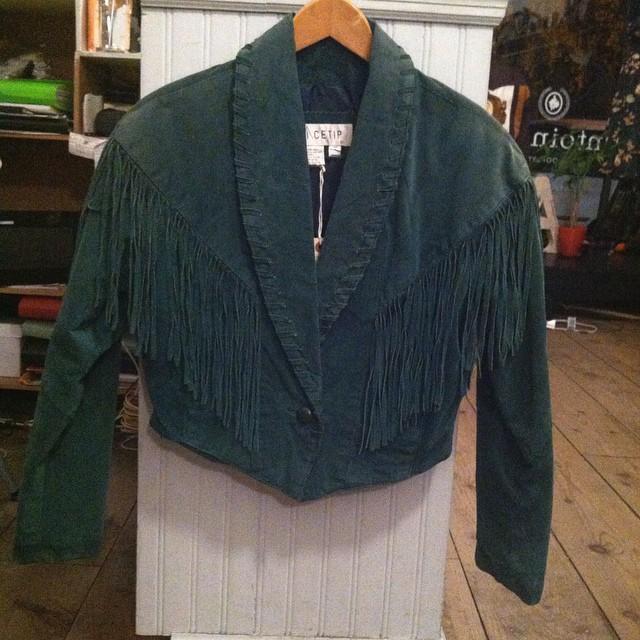 Let's talk about the fringe on this #vintage gem #antoinettevintage #1980s #oneofakind #williamsburg #brooklyn (at Antoinette)
