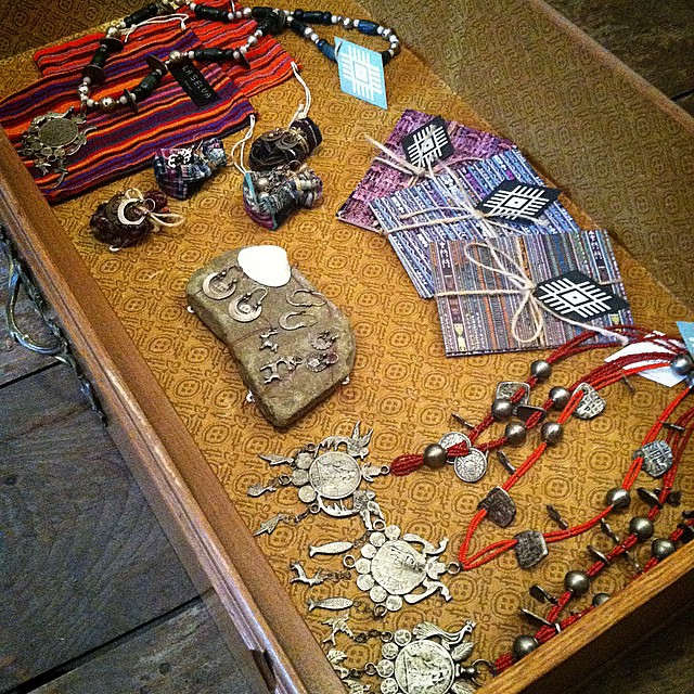 A drawer filled with #vintage sterling silver Guatemalan jewels ✨✨✨  $25-$126  #antoinettevintage #GuatemalanJewelry #mayan #heirloom #chachal #medialuna #laselvaclothing #williamsburg #brooklyn #thriftandstyle  (at Antoinette)