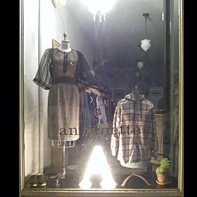 Brooklyn Designer met Vintage in our shop window last night 🏦🌙 #wraycollection #antoinettevintage  (at Antoinette)