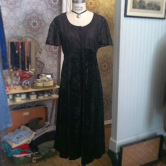 Gothic Fridays ♠️ #Vintage #1990s #Grunge dress (Lace bodice & crushed velvet skirt) by #MsChoice $80 size 8 (Adjustable tie back) ♣️ All Vintage is 20% off!  (at Antoinette)