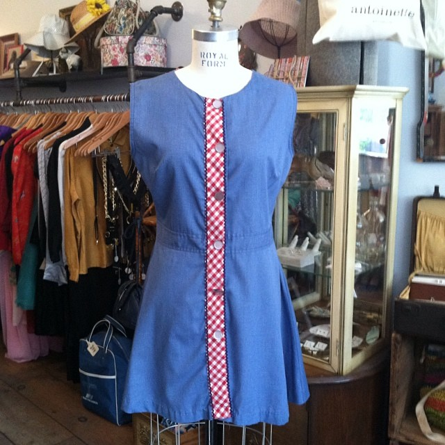 One of many #vintage #1960s dresses going out on the floor! Size S $50 by #Robeville #antoinettevintage #madeinusa #oneofkind #ootd #williamsburg #brooklyn #thriftandstyle #nofilter (at Antoinette)