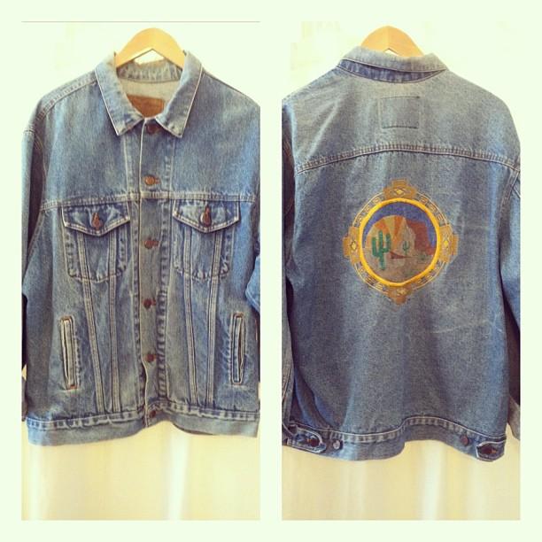 Here you go dudes… #vintage Men's Authentic #SouthWestern #ThreeRivers Denim Jacket size L $65 (at Antoinette)