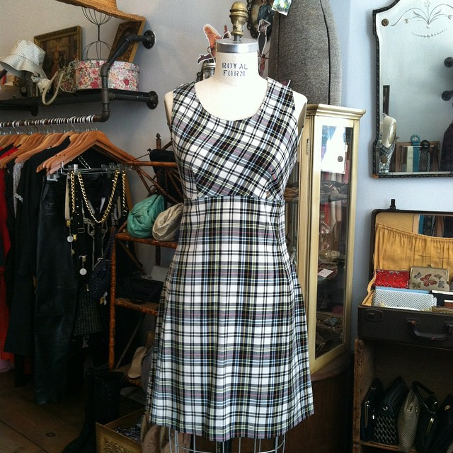 The weather is starting to feel like Fall here in #Brooklyn so we're bringing out the #vintage plaid for you! 🍂🍁🍂 #antoinettevintage #vintagedress #1990s #madeinusa #oneofakind #ootd #williamsburg #nyc (at Antoinette)